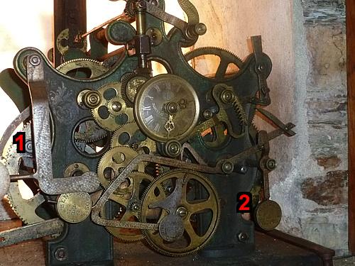 39b9fb1571f Restauro do relógio mecânico existente da